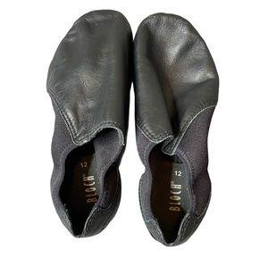 Girls black BLOCH jazz shoes size 12